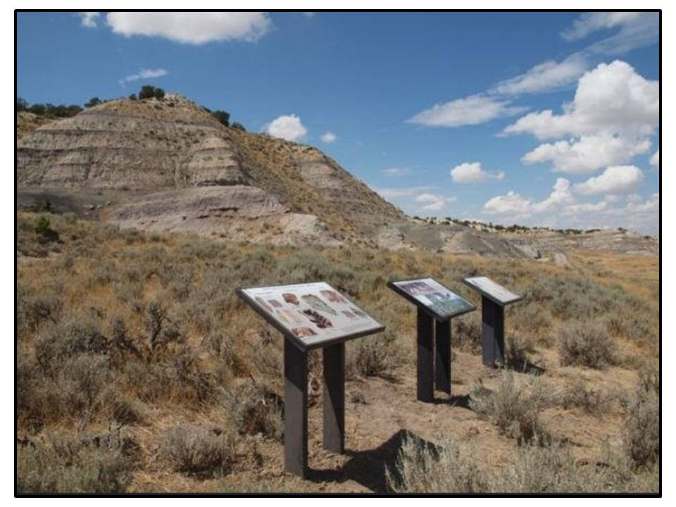 Picture Big Cedar Ridge and BLM signs