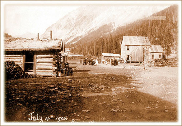 Picture mainstreet of Kirwin, 1905, Park County, Wyoming